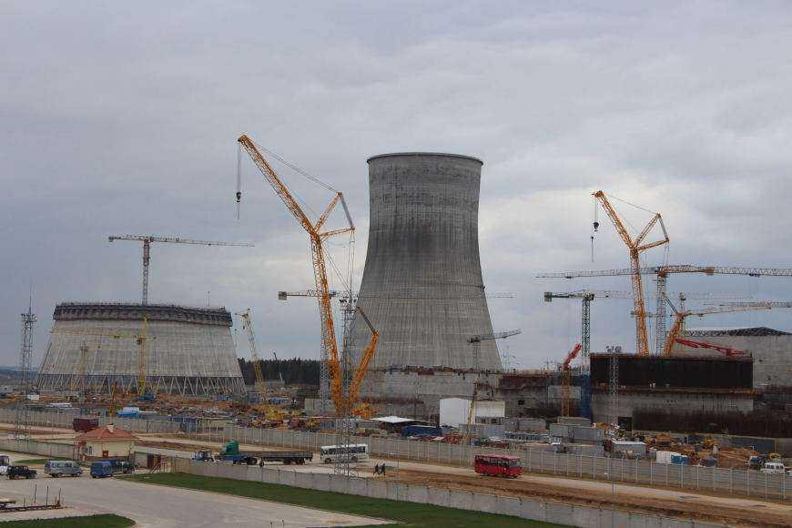 """Astravo atominę statančio """"Rosatom"""" vadovas apie incidentą: kaltieji jau nubausti"""