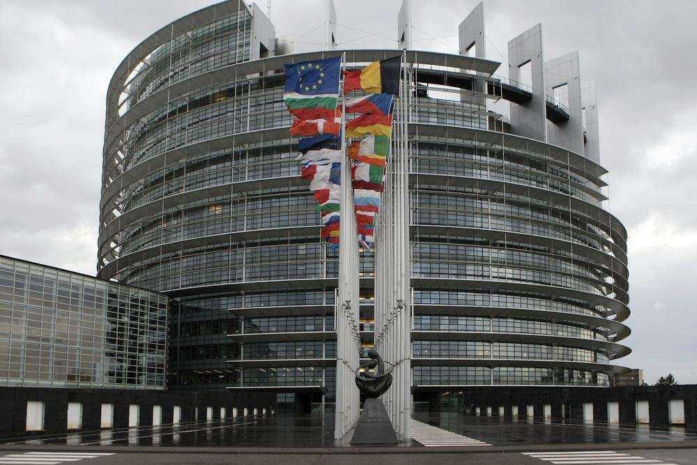 ES išreiškė palaikymą Ukrainai, didėjant įtampai santykiuose su Rusija