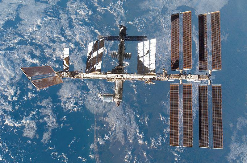 Buvęs NASA astronautas išsakė drąsią nuomonę apie kosminę gyvybę