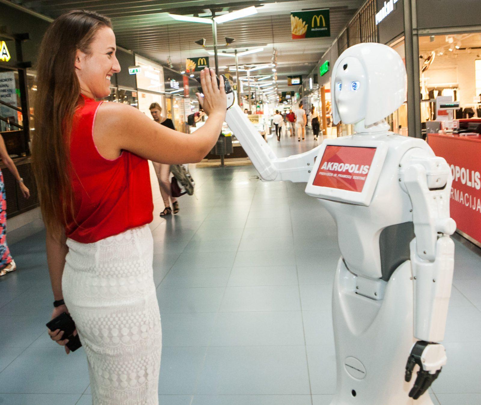 Robotė konsultantė