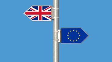 """JK Iždo kancleris Ph. Hammondas: mokesčių mokėtojų pinigai nebus eikvojami """"Brexit"""" be jokios sutarties."""