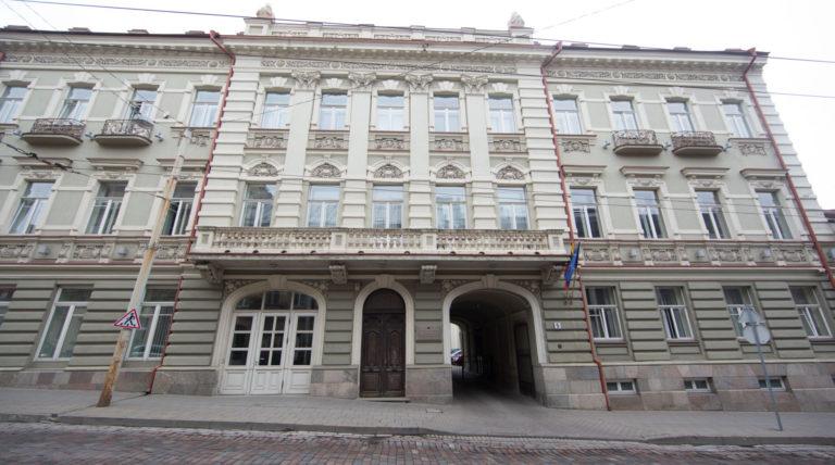 Kultūros ministerija kviečia teikti paraiškas Vyriausybės kultūros ir meno premijoms gauti.