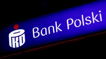 Programišiai nusitaikė į Lenkijos bankų klientus.