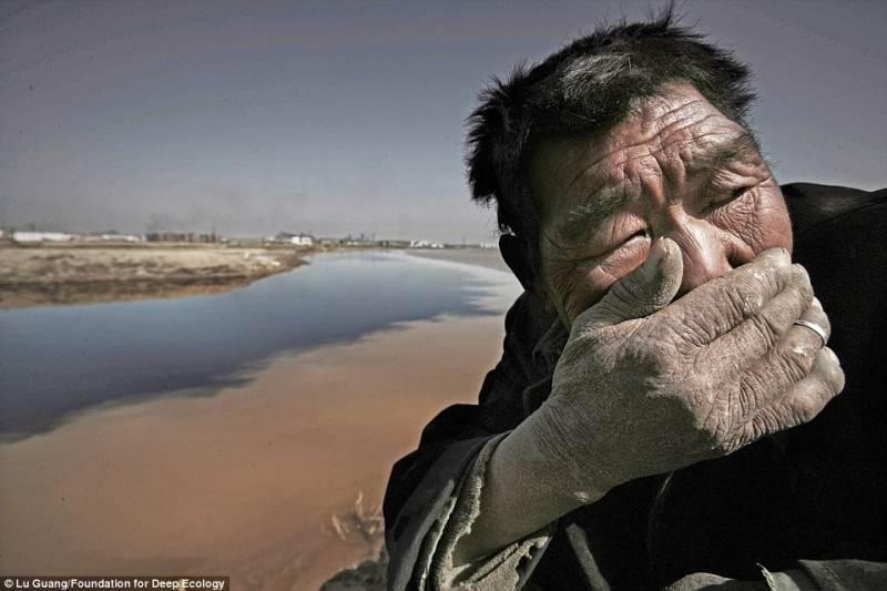 Vietiniai Mongolijos gyventojai nepakenčia Geltonosios upės smarvės.