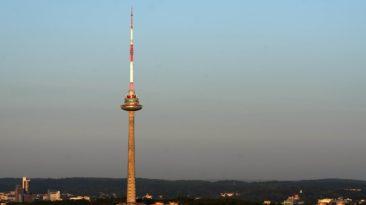 Telecentras planuoja priemones, leisiančias žmonėms su judėjimo negalia saugiai lankytis Vilniaus televizijos bokšte