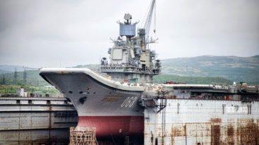 """Beveik 1 milijardas eurų """"Admiral Kuznecov"""" - ką rusai sugalvojo pakeisti savo vieninteliame turimame lėktuvnešyje ir kuo tai gali baigtis?"""