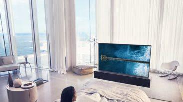LG: ateitis jau čia, pristatė pirmąjį pasaulyje susivyniojantį OLED televizorių