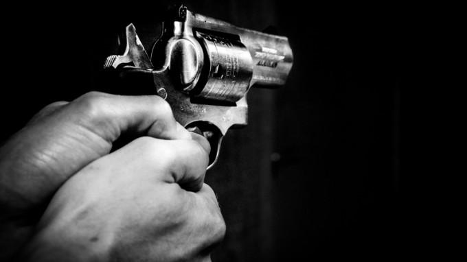 Rytų Londone į žmones šaudę vaikinai – už grotų